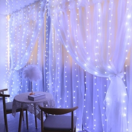 Xelia Lights : Rideau de guirlande lumineux pour Noël
